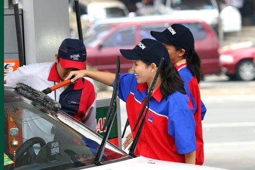 , Formaruházat a benzinkúton